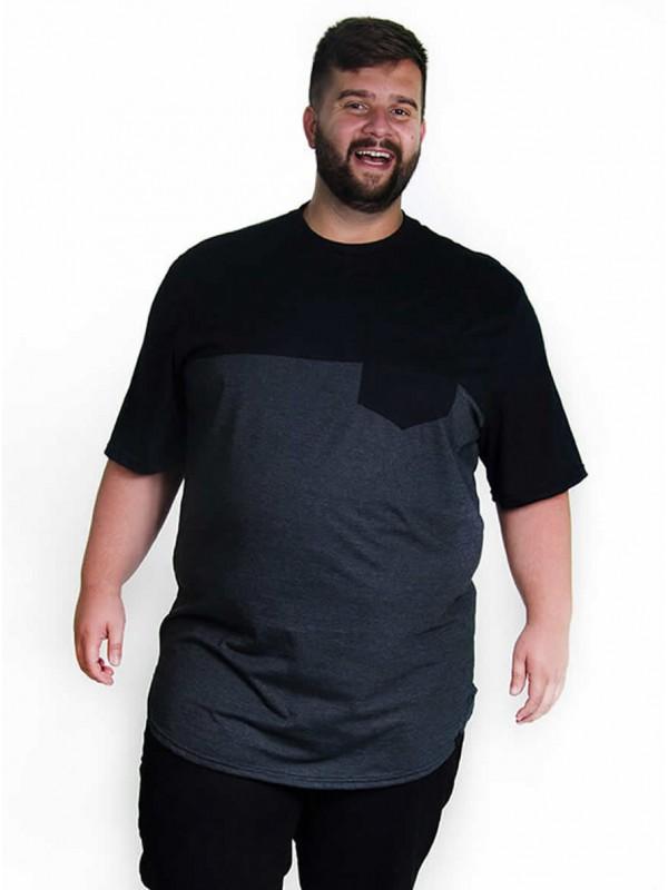 Camiseta Plus Size LongLine Recorte