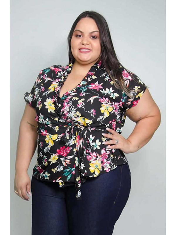 Blusa Transpassada em Crepe Floral Preta