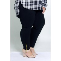 Calça Legging com Zíper Plus Size